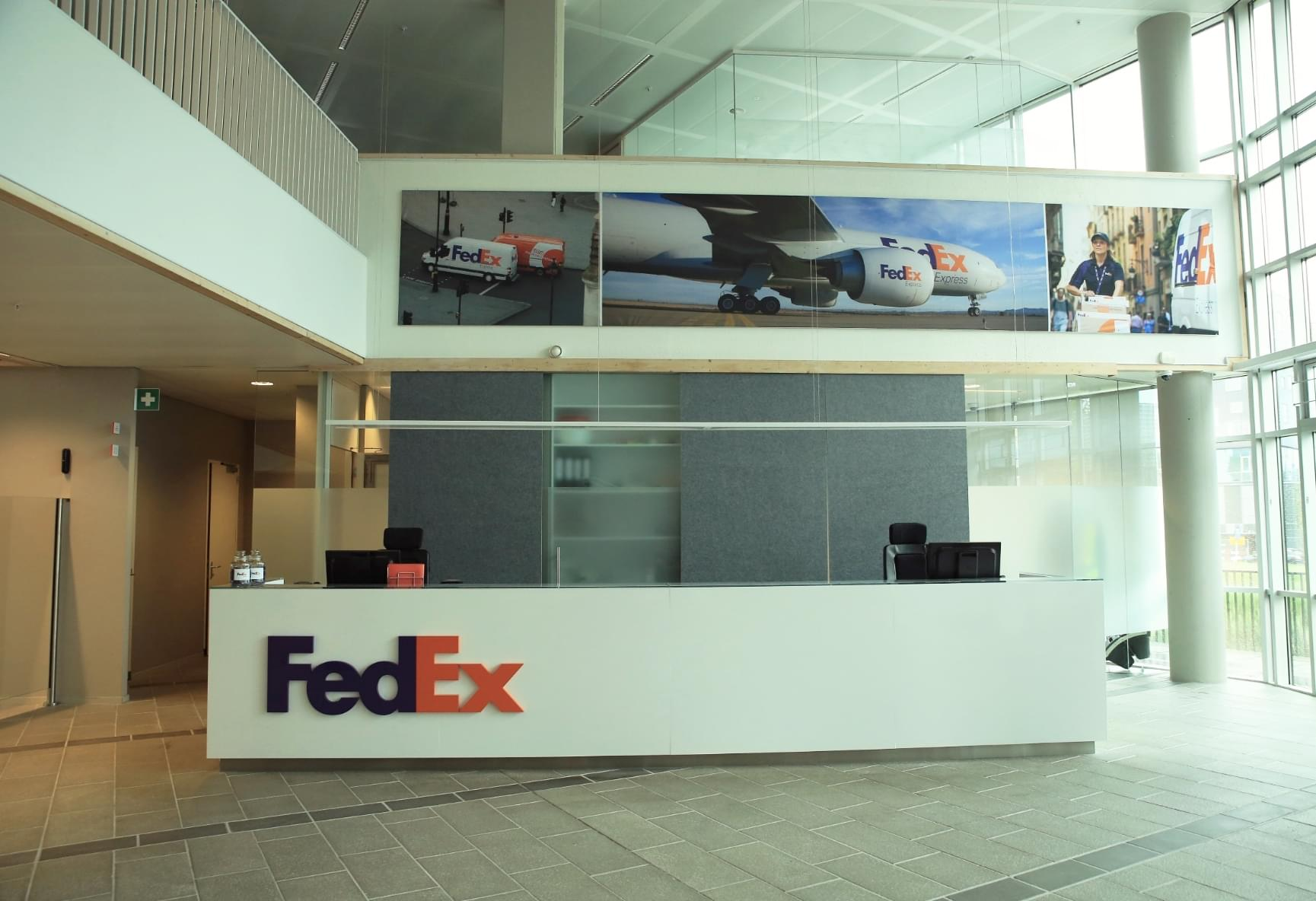 1-fedex_hq_reception_balie_1
